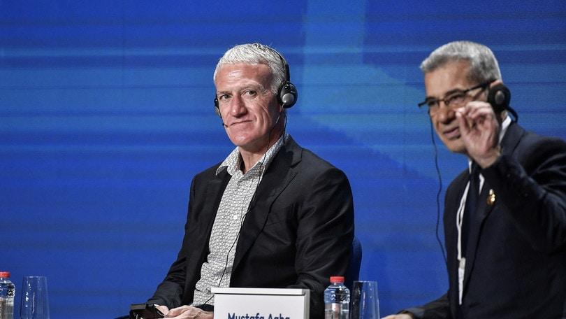 Panchina Juve: in quota è sfida Deschamps-Allegri
