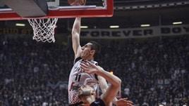Basket, Champions League: Virtus Bologna di slancio ai quarti, Le Mans dominato