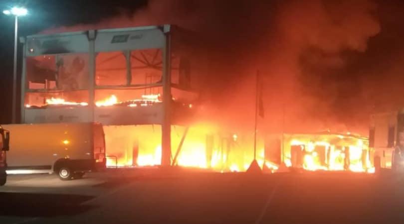 MotoE, paura a Jerez: incendio nel paddock prima dei test