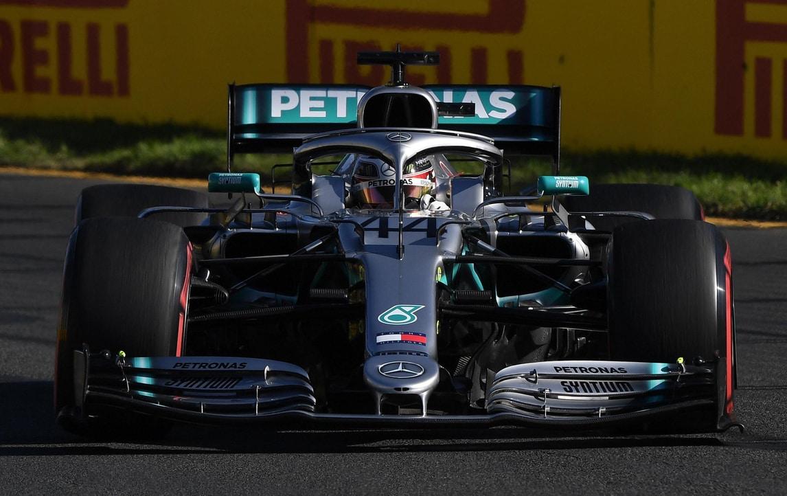 F1, Gp Australia: Hamilton prenota la pole, Vettel a 3,00