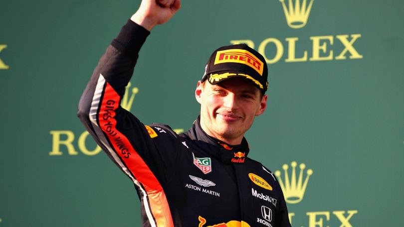 F1 Red Bull, Verstappen: «Ho dato filo da torcere alla Mercedes»