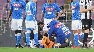 Napoli, paura per Ospina: colpito alla testa