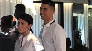 Cristiano Ronaldo a Madrid con Georgina: che entusiasmo! FOTO e VIDEO