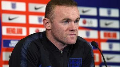 Rooney fa infuriare i tifosi del Manchester United: «Liverpool campione? Forza City»