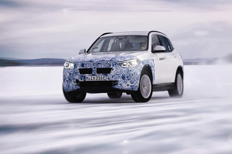 BMW elettriche al Circolo Polare Artico: foto