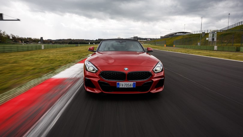 BMW Z4, il test di Vallelunga