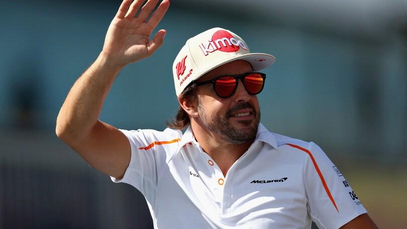 01:01 - Motori: Alonso prova la Toyota che ha vinto la Dakar