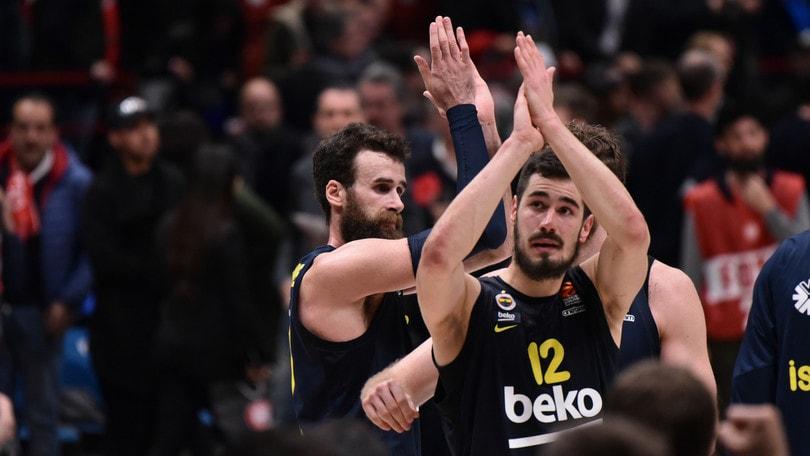 Basket, Eurolega: Hackett e Datome ko. Vincono Baskonia e Zalgiris