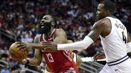 NBA, Harden mostruoso: 50 punti e tripla doppia