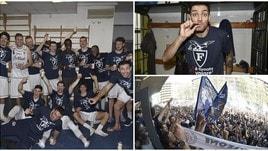 Basket, la Fortitudo torna in Serie A: a Bologna esplode la festa