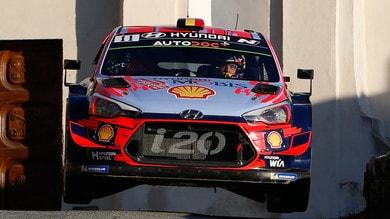 Rally Corsica: Neuville vince e va al comando