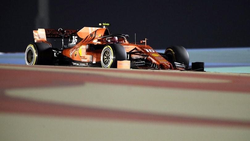 F1, Gp Bahrain: problemi al motore, Leclerc perde il comando