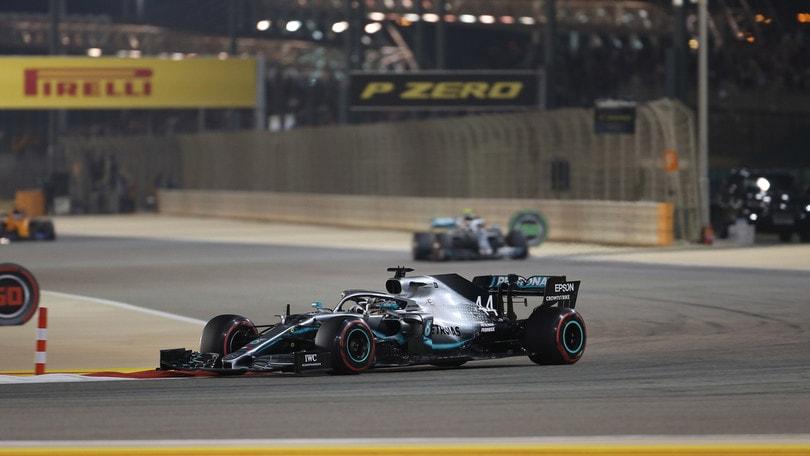 F1, Gp Bahrain: vince Hamilton, Leclerc chiude terzo