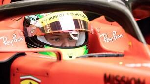 Emozione Ferrari, Mick Schumacher sale sulla Rossa!