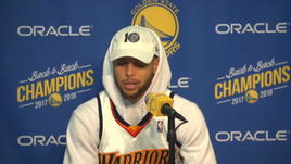 Curry show in conferenza stampa