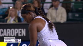 Charleston, Stephens batte in rimonta Tomljanovic (4-6 6-4 6-4)