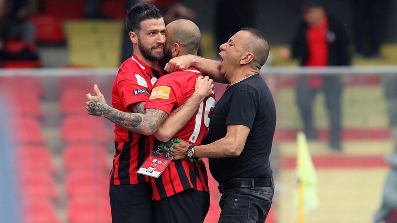 Serie B: Iemmello regala i tre punti al Foggia contro lo Spezia