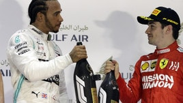 F1 Mercedes, Hamilton: «Leclerc è forte, speriamo in un duello»