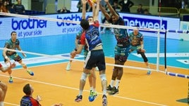 Volley: Superlega, Monza c'è, batte Perugia e la costringe a Gara 3