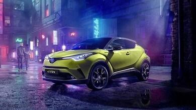 Toyota CH-R, l'ibrida in versione Lime Beat