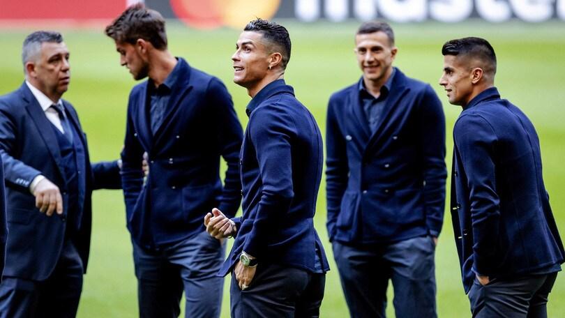 Ajax-Juve, scontri Amsterdam. Salvini: Arrestati 120 tifosi bianconeri