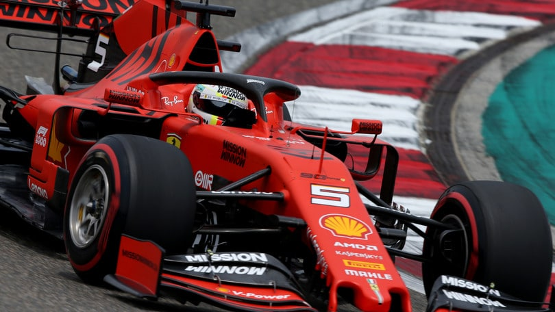 F1 Ferrari, Vettel: «Mercedes troppo veloci»