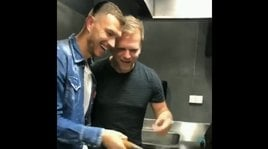 Dzeko, fine del digiuno: il bomber dopo il gol si destreggia in cucina