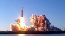 Tesla, programma spaziale con Nasa per deviare gli asteroidi