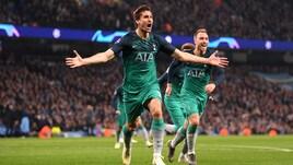 Spettacolo a Manchester, decide Llorente: la festa degli Spurs all'Etihad