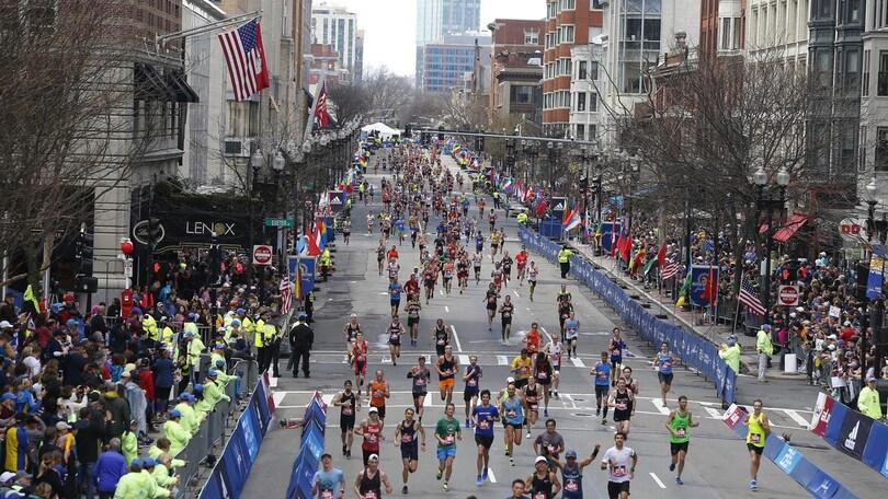Eterna Joan Benoit Samuelson: a 61 anni, che tempo alla maratona di Boston