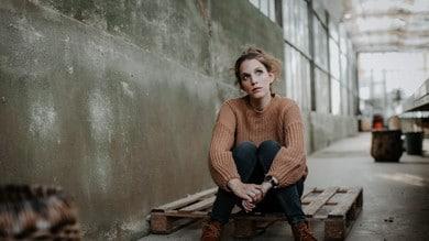 La cantautrice portoghese Luisa Sobral sbarca a Roma