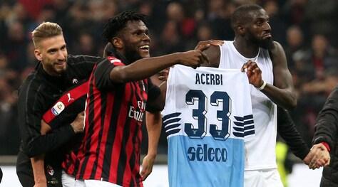 Il Milan patteggia la multa per la maglia di Acerbi