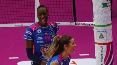 Volley: A1 Femminile, Novara soffre ma porta la serie sull'1-1