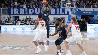 Basket Serie A, Milano cade a Brescia. Cremona aggancia Venezia