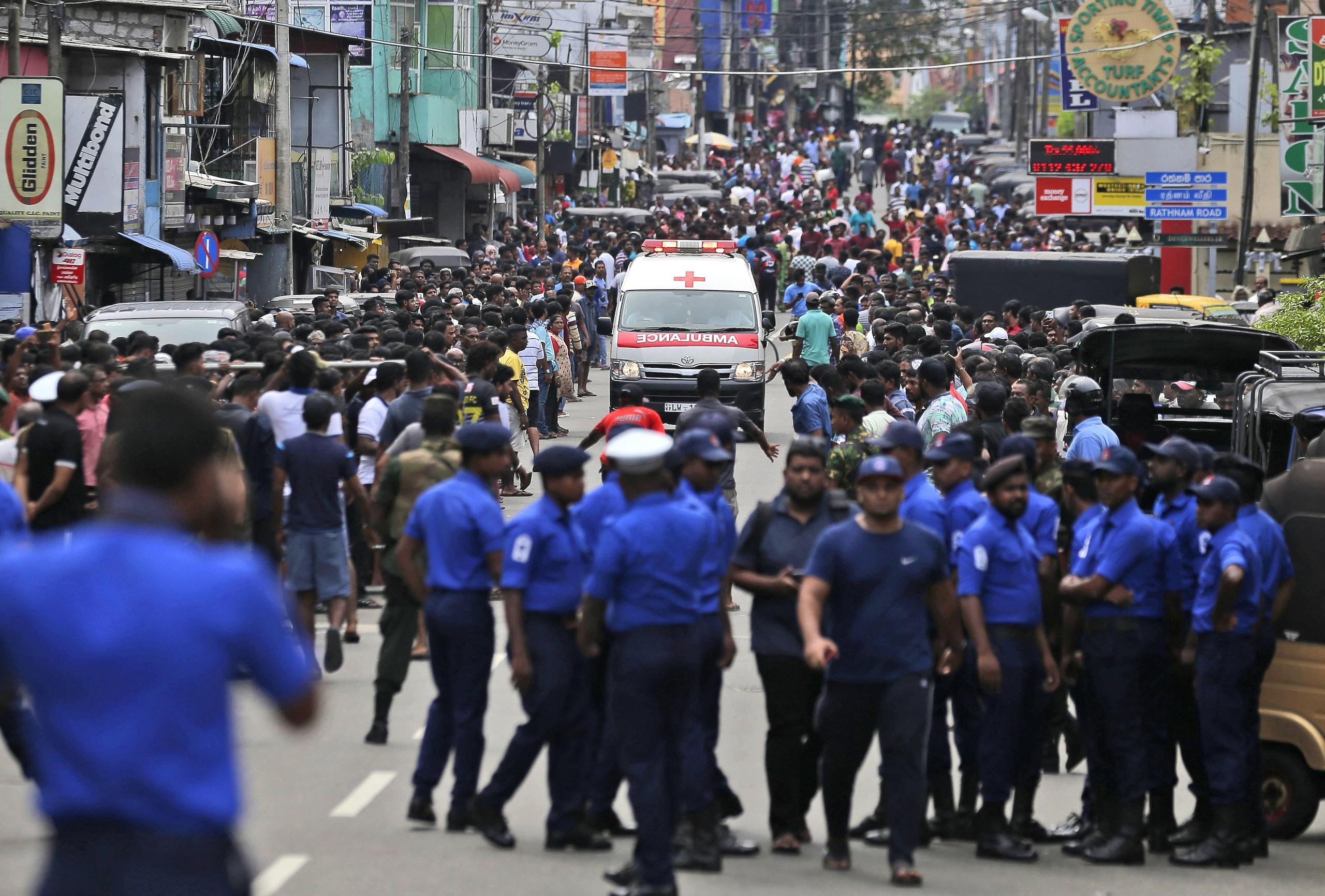 Sri Lanka: esplosioni, almeno 138 morti