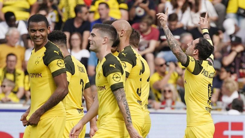 Bundesliga, poker Dortmund: il Bayern resta a +1