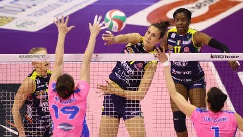 Volley: A1 Femminile, tutto facile per Conegliano contro Monza, Serie sul 2-0