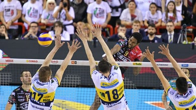 Volley: Superlega, Perugia vince in rimonta su Modena e si porta 2-1