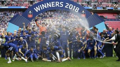 FA Cup, niente più champagne per i vincitori