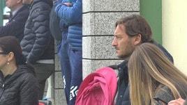 Totti in Sardegna: «Qui per il sogno di Cristian e per visionare giovani»
