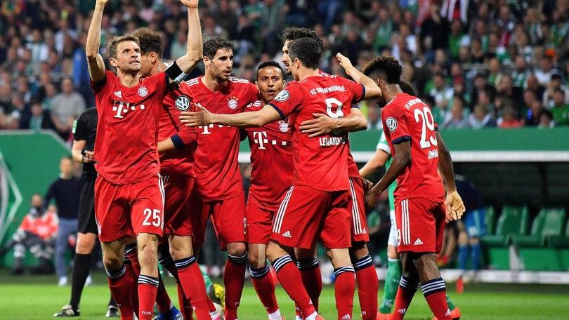 Il Bayern festeggia con la