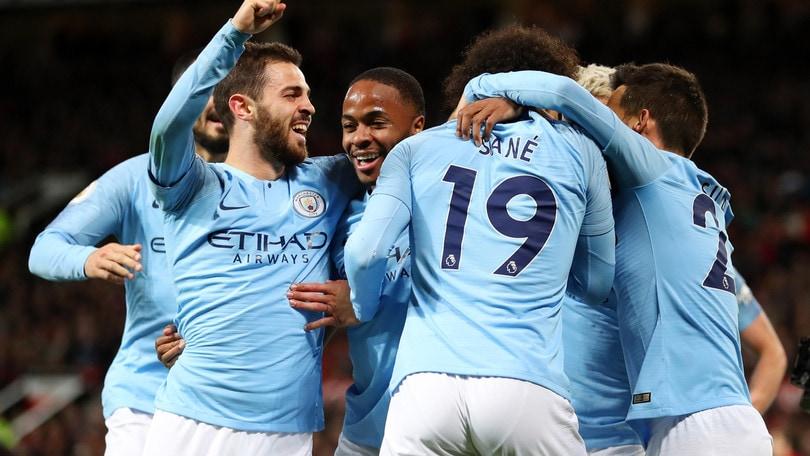 Premier, il City annienta lo United e torna in vetta. Tonfo Arsenal