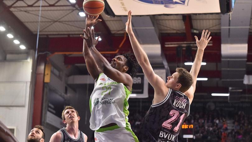 Basket, Eurocup: Sassari vince di 5 l'andata contro Wurzburg