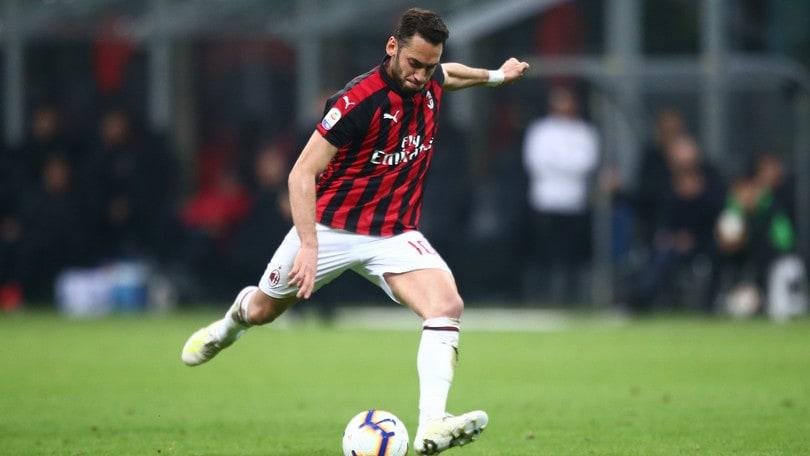 «Futuro in Premier per Calhanoglu. Il Milan vuole 30 milioni»