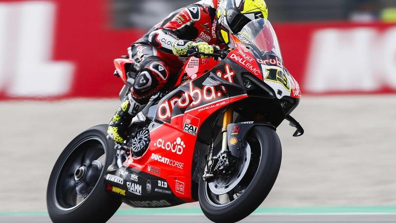 Superbike, Imola: Rea torna a vincere in Gara 1