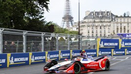 ePrix Parigi, Wehrlein in pole
