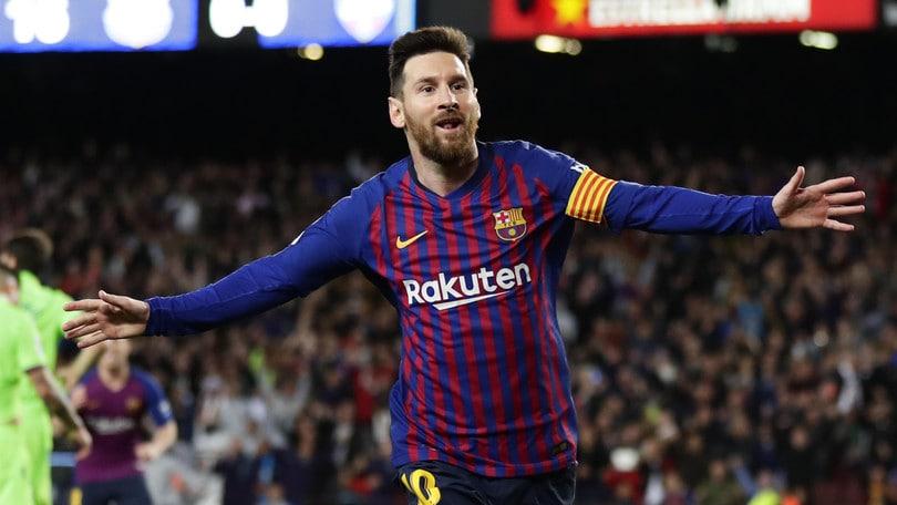 Messi si regala il 10º scudetto. Barça campione!