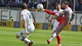 Serie B: Foggia beffato al 91', l'Ascoli sciupa il doppio vantaggio