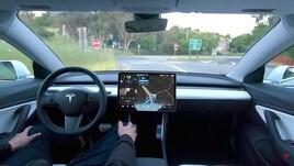 Tesla Full Self Driving, guida autonoma entro il 2019 sull'intera gamma