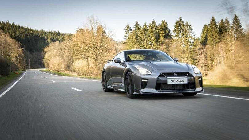 Nuova Nissan GT-R, dubbi sull'ibrido
